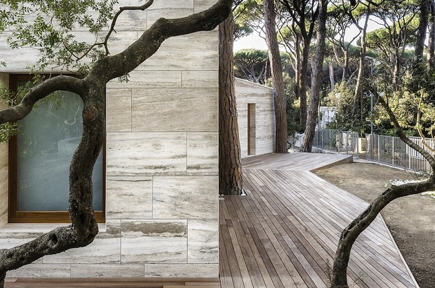 minimal-italian-home-blends-unique-stone-wood-finishes-trees-thumb
