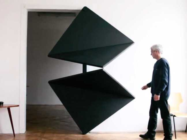 an-austrian-artist-has-completely-reinvented-the-door